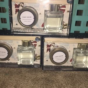 Set of 3 diffuser oil and candle set:first snow
